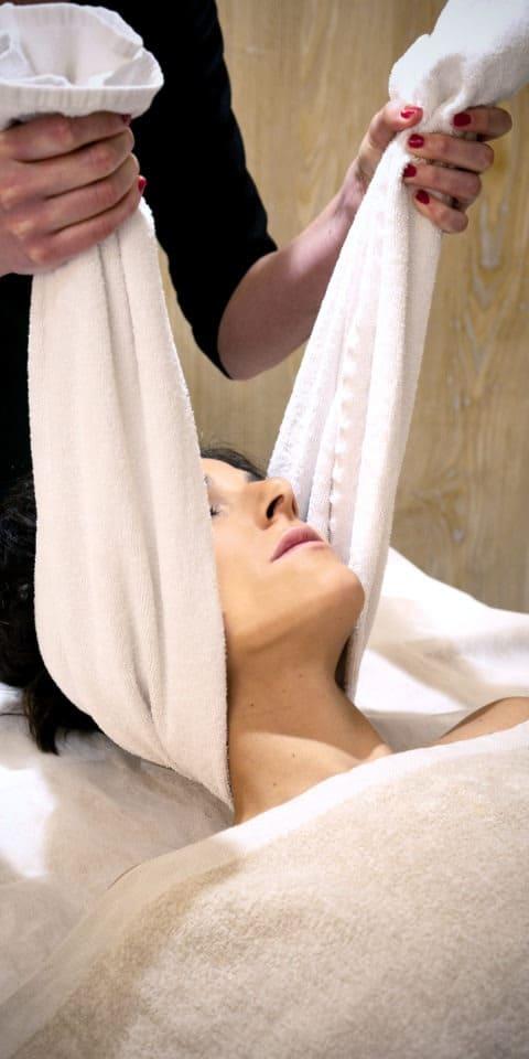 massage femme visage